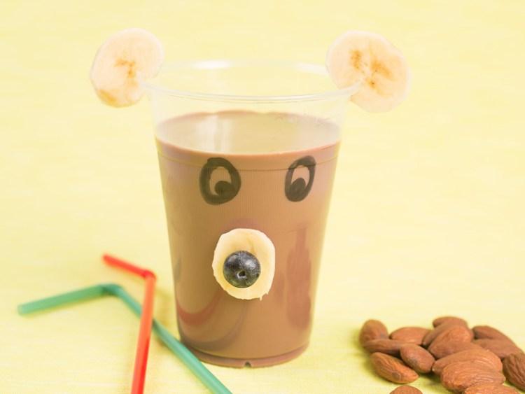 Čokoladno bademovo mleko