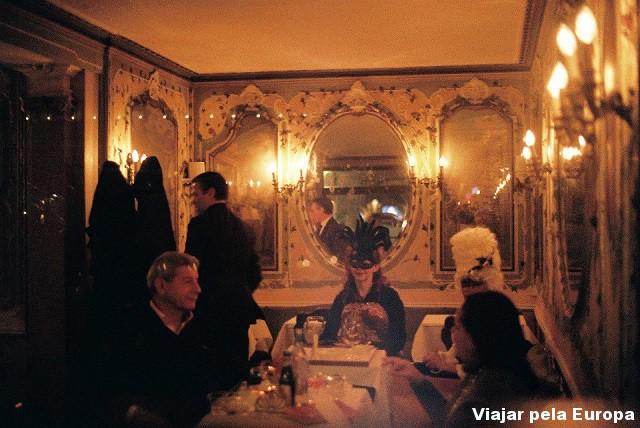 Um café em Veneza.