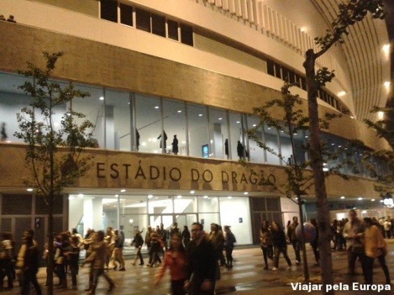 Entrada do Estádio do Dragão, Porto.