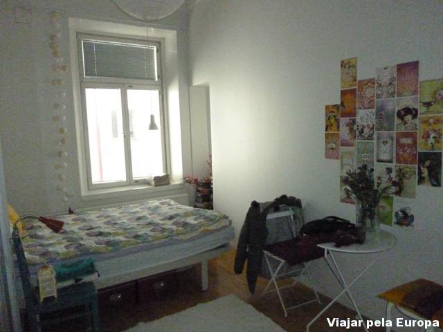 Quarto do apartamento alugado através do site airbnb.
