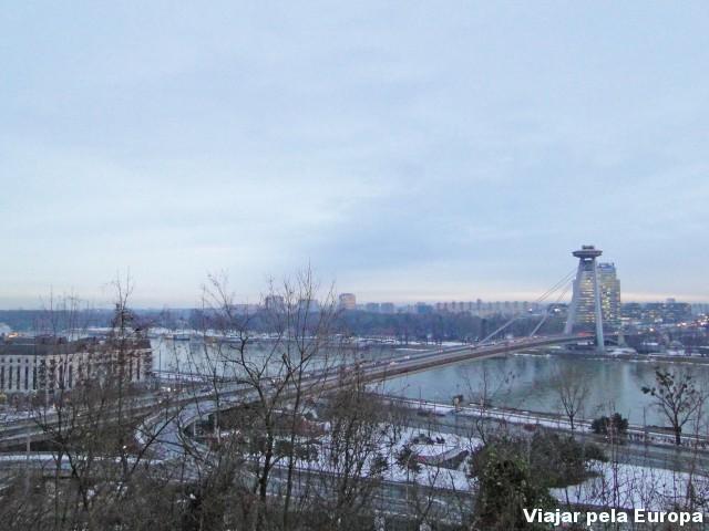Ponte Nova vista pelo alto do castelo