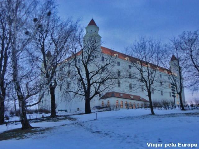 Ver o castelo de baixo :)