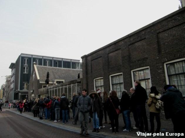 Fila - Museu Anne Frank, em Amsterdam.