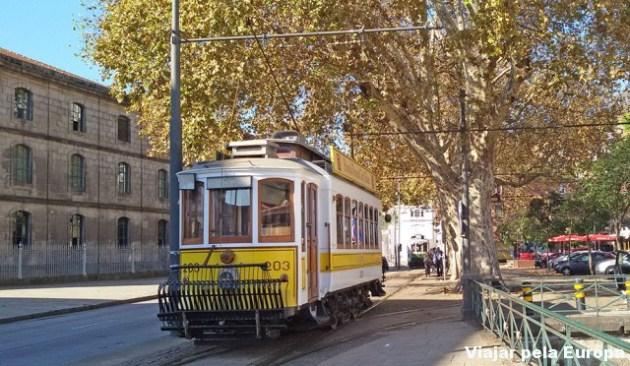 viajarpelaeuropa_passeardeeletrico_porto