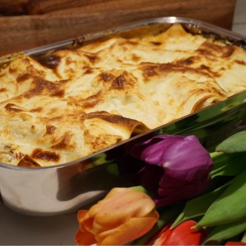 vegetarisk lasagne spenat fetaost soltorkade tomater