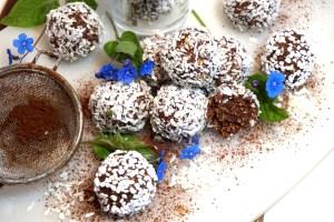 Klassiska gräddiga chokladbollar