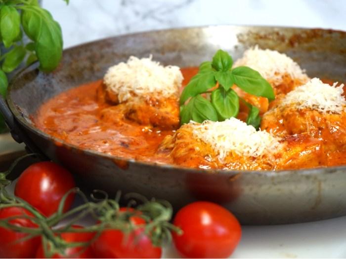 Krämig Italiensk tomatkyckling med parmesan