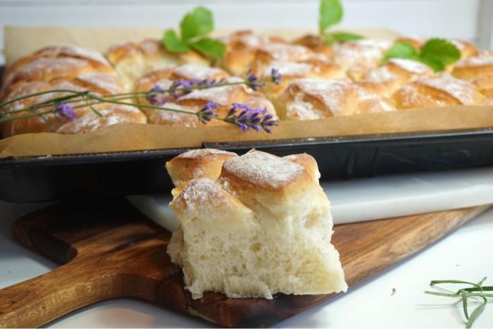 Grekiskt lantbröd i långpanna