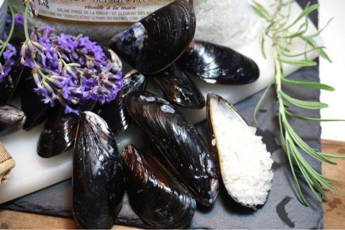 Moule marinière - Vinkokta musslor