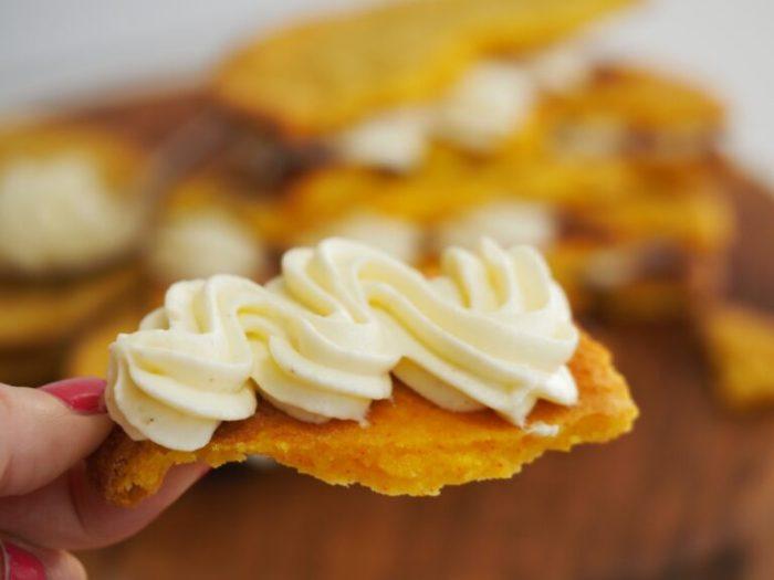 Cremefyllda saffranscookies