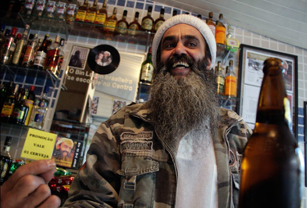 Bin Laden Bar Brazil_03