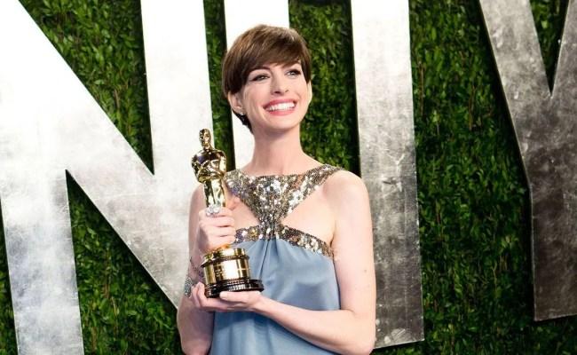 Anne Hathaway Unhappy During Oscar Win British Vogue