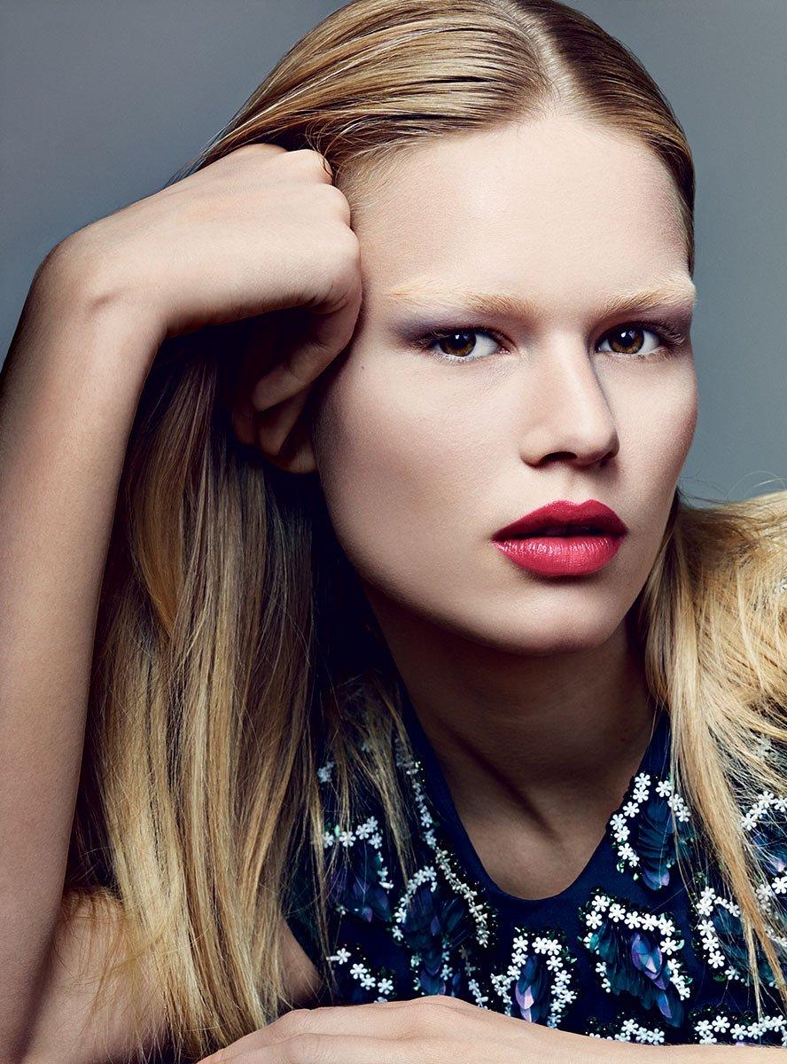 Anna Ewers Photos Vogue