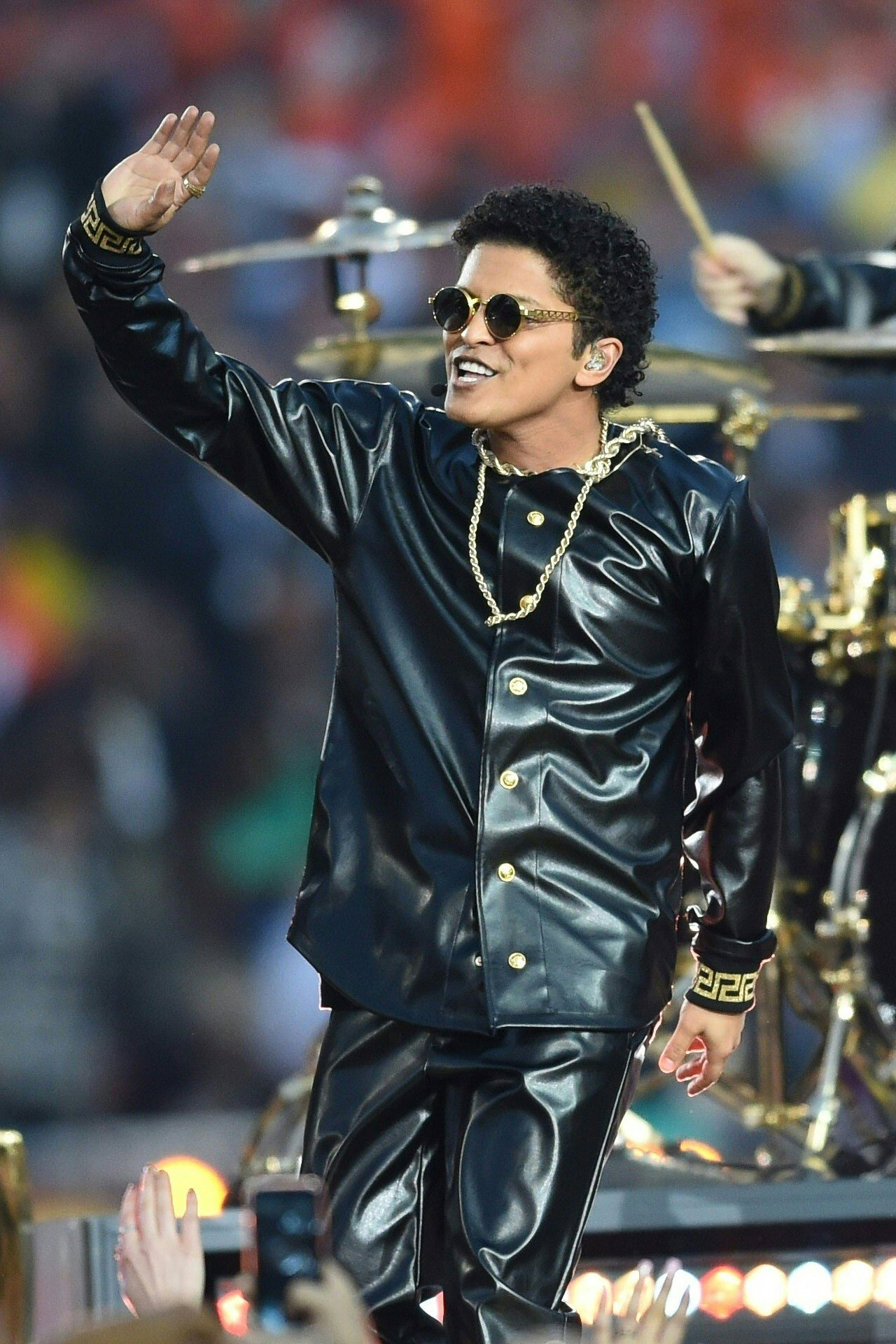 Bruno Marss Super Bowl 50 Halftime Show Versace Costume