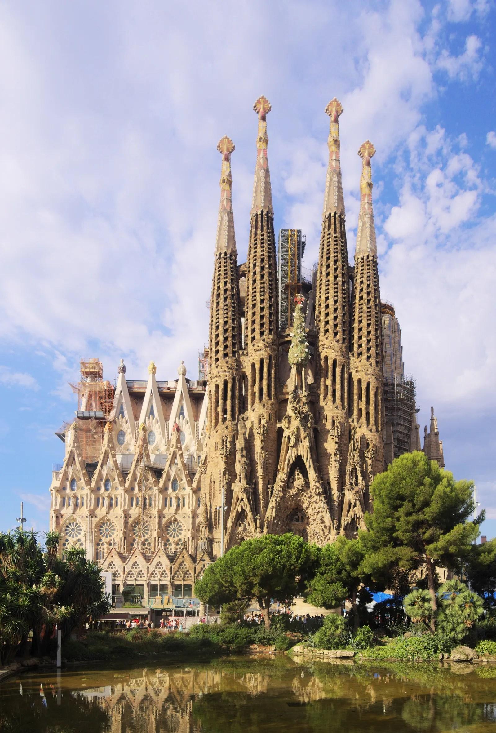 Les Plus Grandes Cathédrales De France : grandes, cathédrales, france, Beautiful, Cathedrals, World, Vogue, Paris