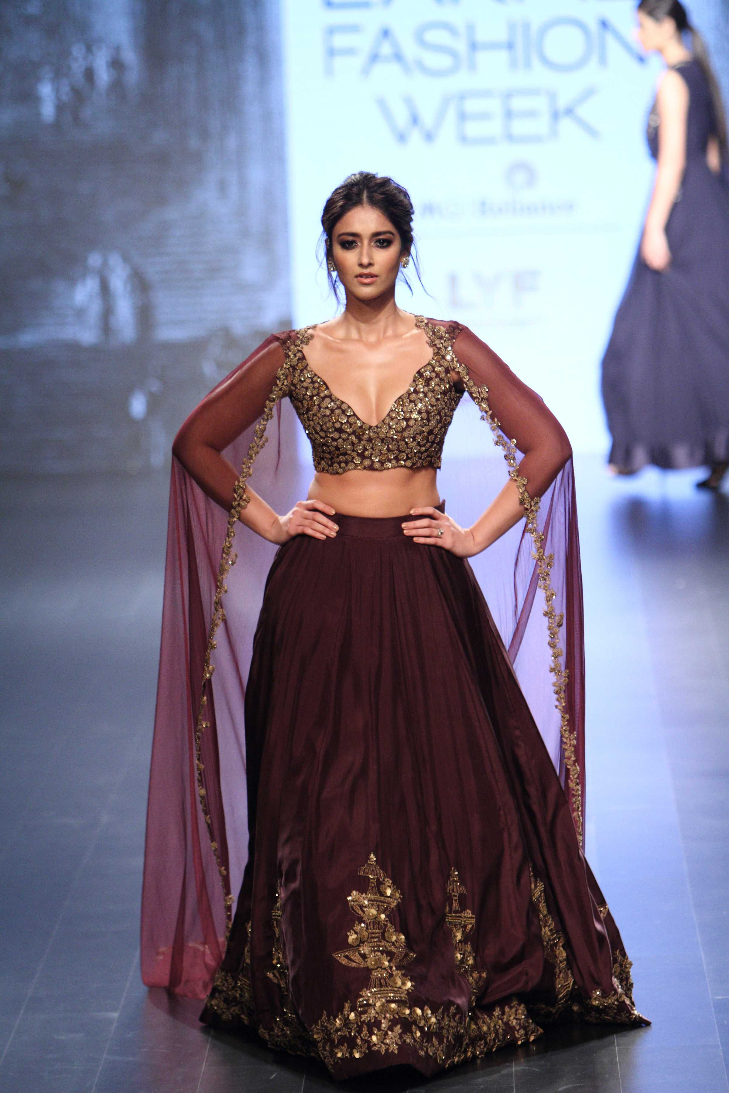 Ridhi Mehra at Lakm Fashion Week winterfestive 2016