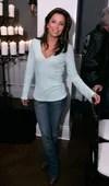 Eva Longoria wears cuffed jeans