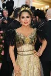 Salma Hayek in a look from Gucci