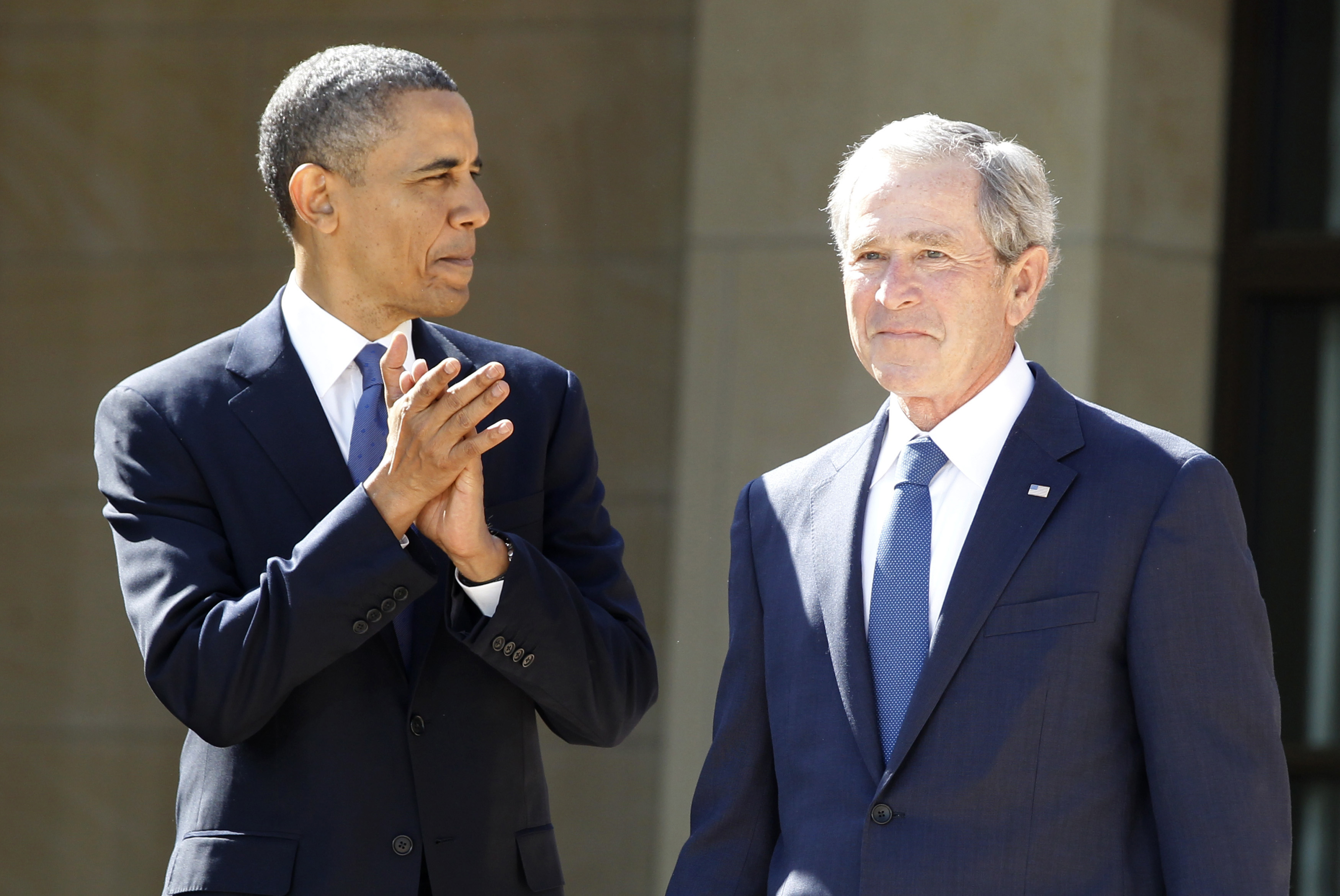 Bush, Obama Join Commission on Presidential Debates | Voice of America - English