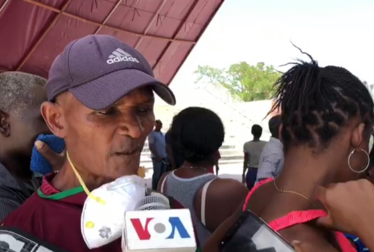 Haitians Seeking National ID Cards Say Government Is Violating Its Own COVID-19 Directives