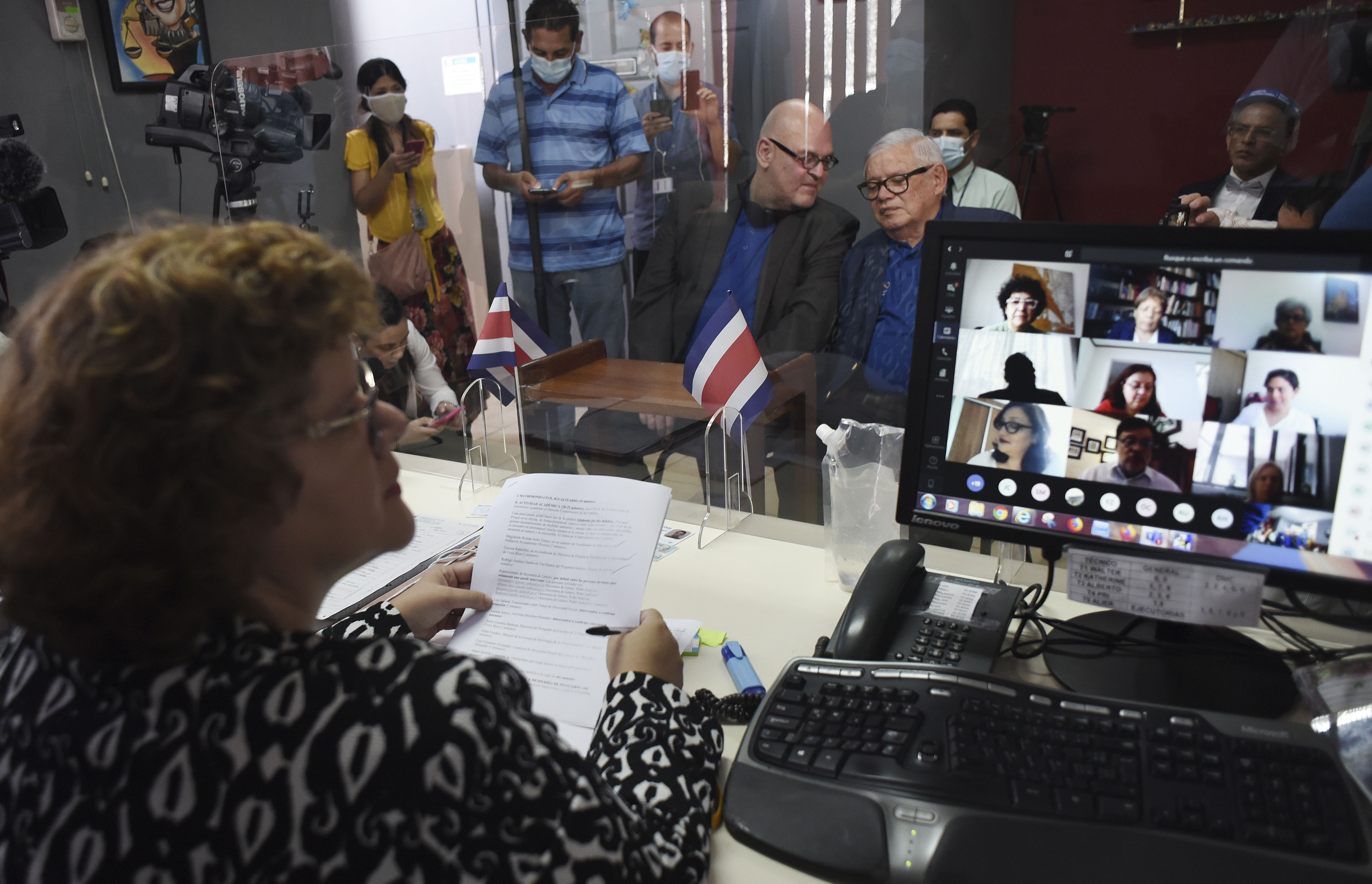 Costa Rica Latest Country to Legalize Same-sex Marriage