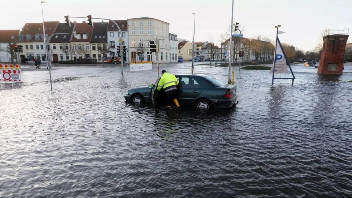 Sube a 161 el número de muertos en Alemania por las inundaciones