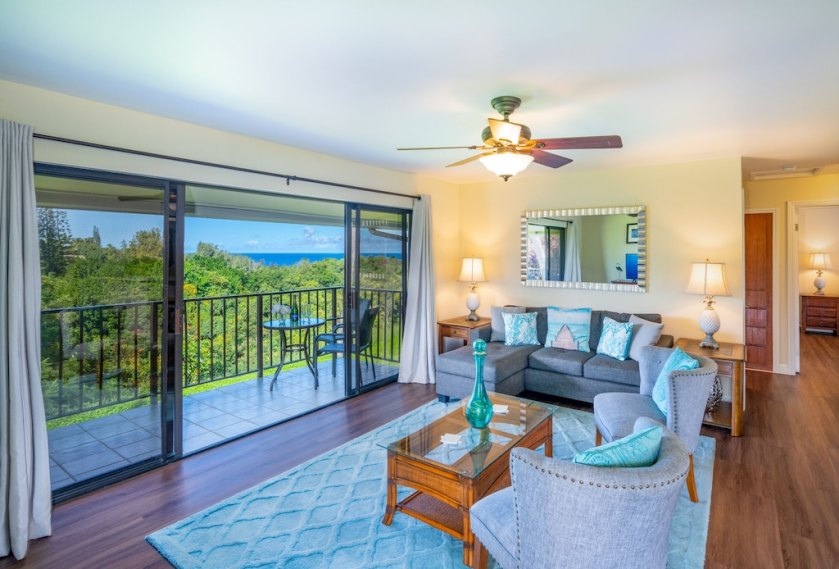Open Floor Plan with Distant Ocean Vista View and Jungle Valley View
