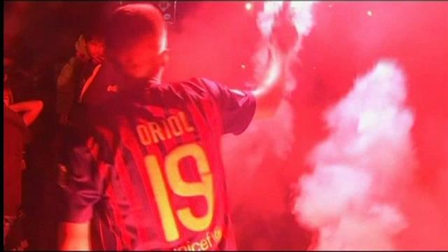 Barcelona-supporters vieren 22e landstitel