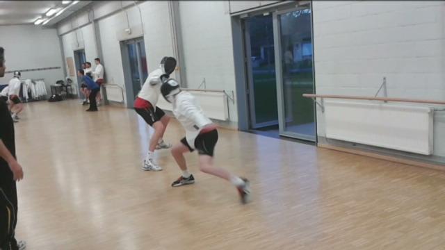 Belgische volleyballers leren schermen