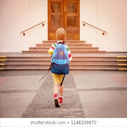 Maltratta gli alunni di scuola
