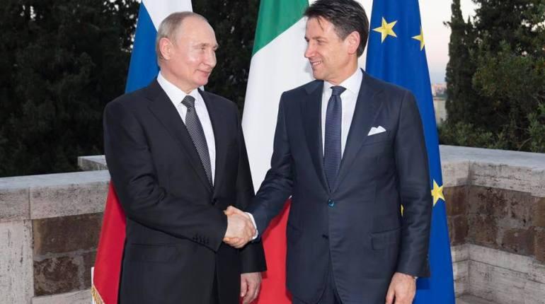 Giuseppe Conte incontra Putin