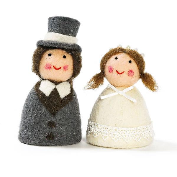 Eierwrmer Brautpaar  Geschenk zur Hochzeit  weddixde