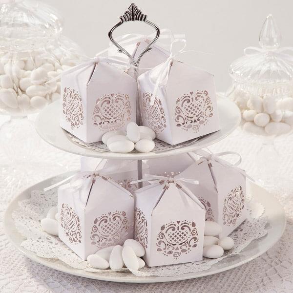 GastgeschenkBox Spitze fr Hochzeitsmandeln  weddixde