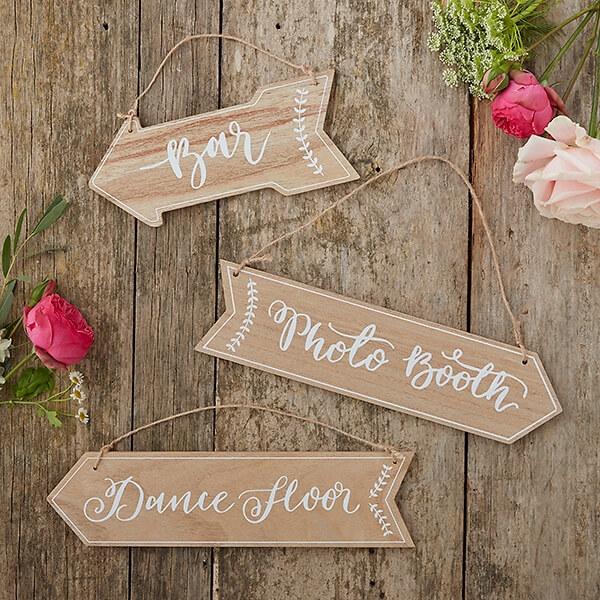 Wegweiser fr Hochzeit Vintage  3 Holzpfeile als Wegweiser  weddixde