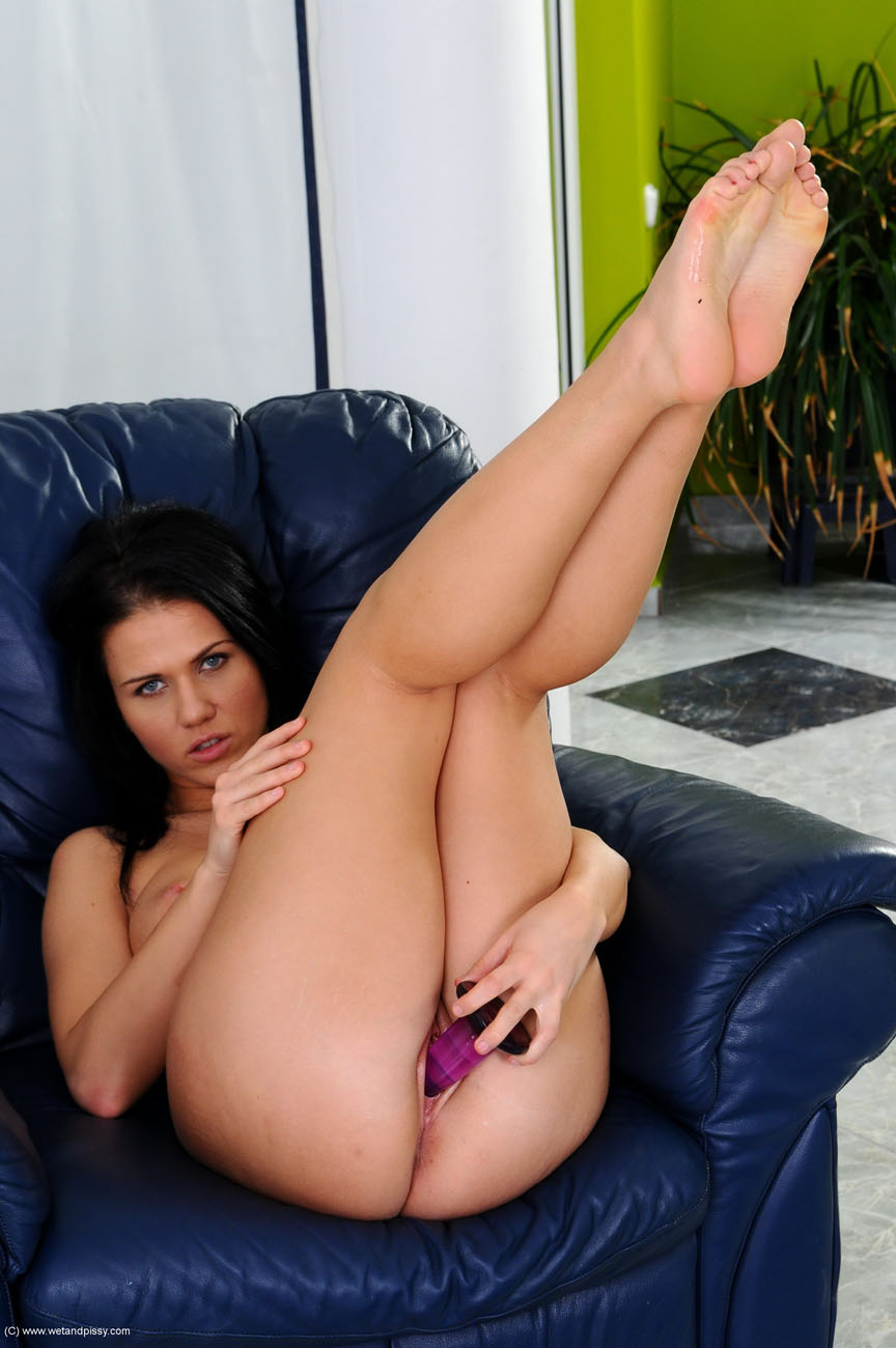 Denise Sky pisses all over the coffee table