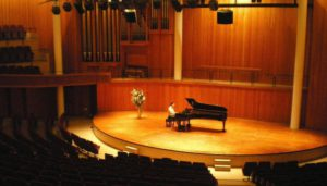 Final-Concert-Hall-with-piano1-700x400