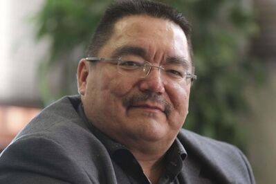 Peguis Chief Glenn Hudson says the fact that the treaty was never honoured opens the door to renegotiate it. (Ruth Bonneville / Winnipeg Free Press files)
