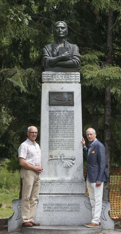 Scots Gordon Cameron and John Perrin (right) with the Chief Peguis statute at Kildonan Park. Cameron is a direct descendant of Selkirk settler Donald Gunn. Perrin is a former president of the St. Andrews Society and head of the Scottish Heritage Council. (Wayne Glowacki / Winnipeg Free Press)</p>