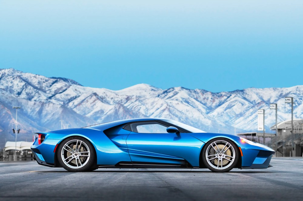 medium resolution of review 2017 ford gt