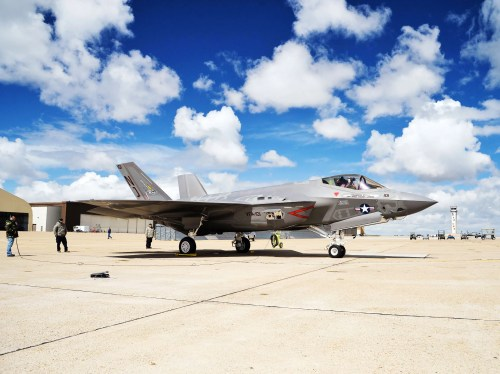 small resolution of why only israel can customize america s f 35 at least for now