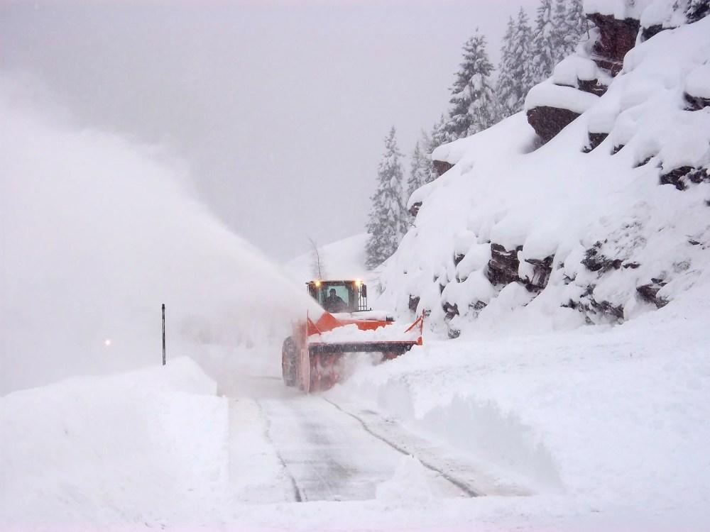 medium resolution of blizzard snow plow used