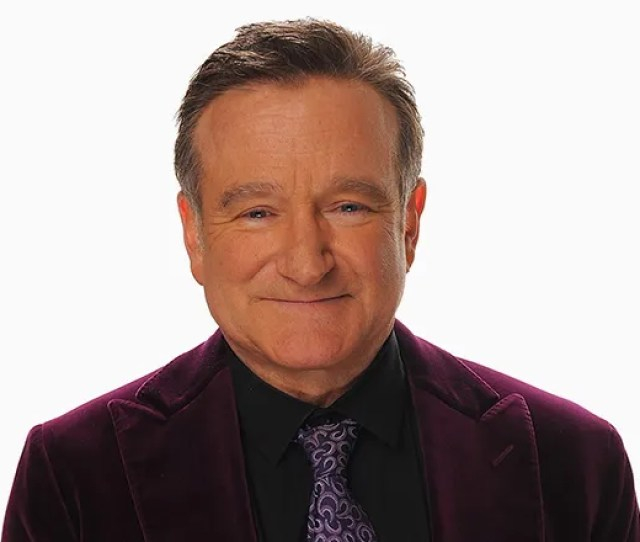 Los Angeles Ca January  Exclusive Actor Robin Williams Poses For A Portrait With His Award For Scene Stealing Guest Star During The Th Annual