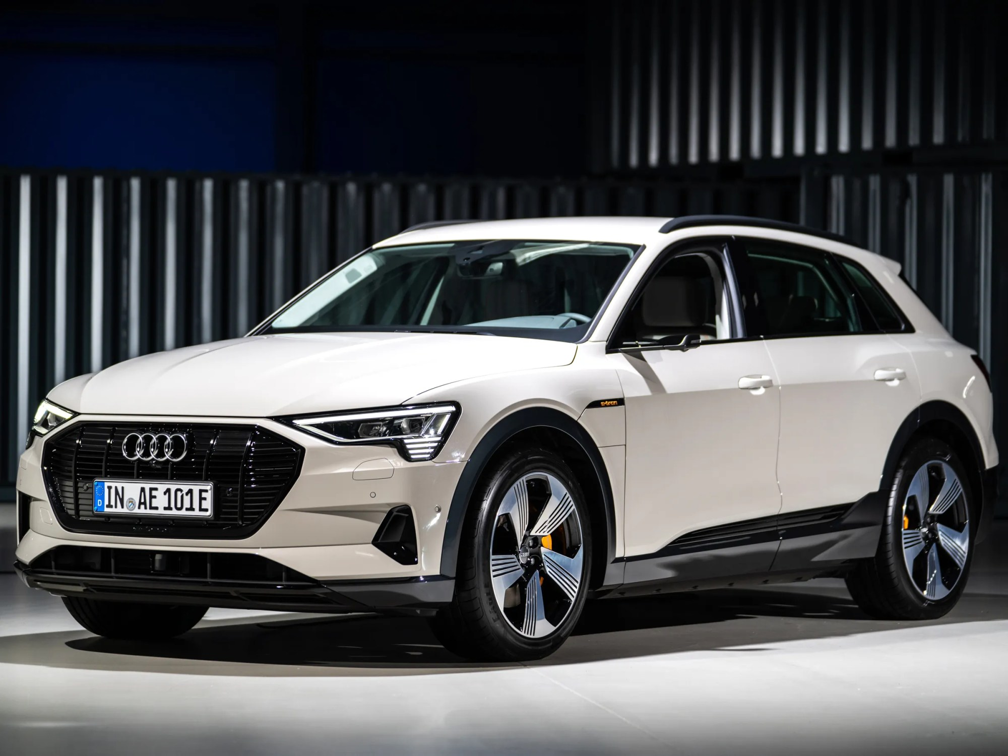 hight resolution of how audi s new e tron stacks up to its electric competitors spec by spec
