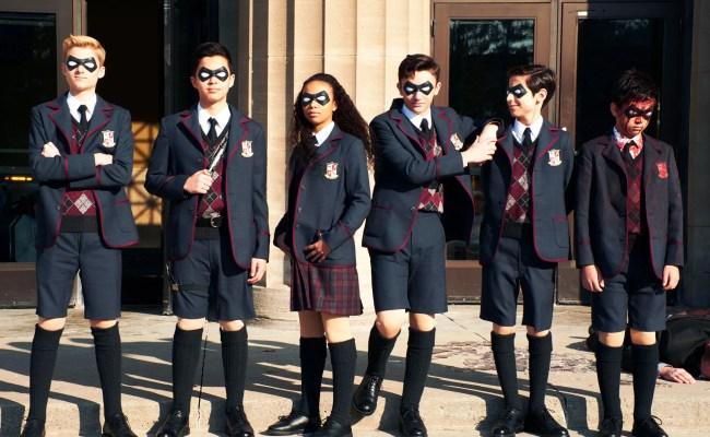 Netflix S Umbrella Academy Is Your New X Men Ugh Wired
