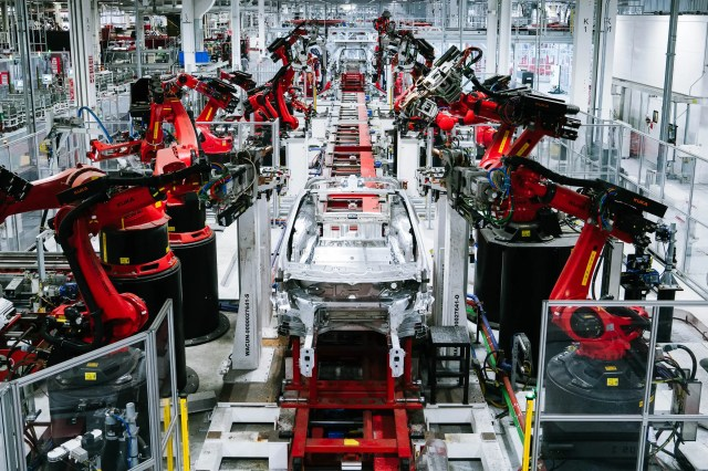 Elon Musk Defies Lockdown Orders and Reopens Tesla's Factory | WIRED