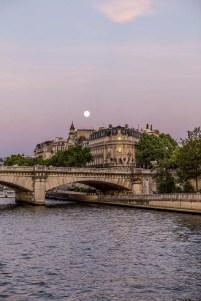 Fullmåne över Seine