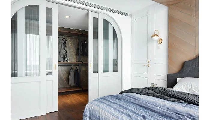 Be Inspired By These 12 Gorgeous Walk In Wardrobe Ideas For Small Spaces The Singapore Women S Weekly