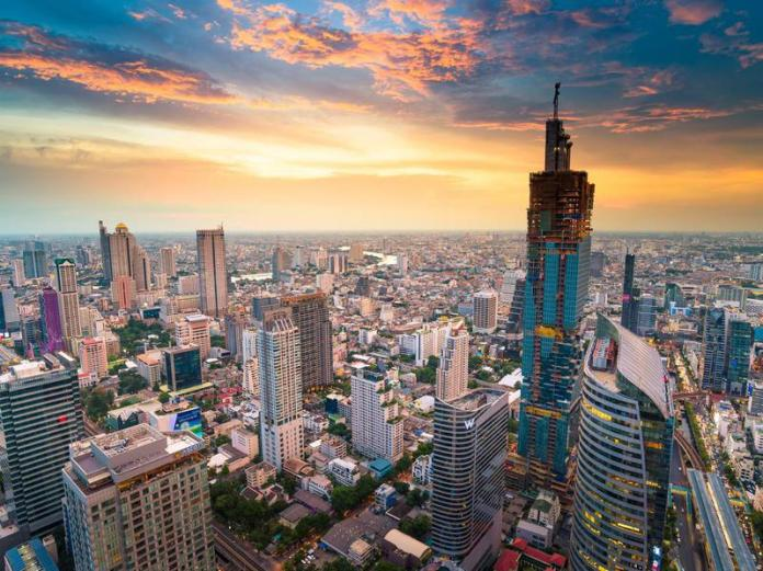 In a bustling Thailand city like Bangkok, an apartment rents for $431 to $1,286 per month.