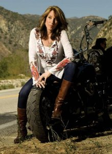 Katey Segal in Sons of Anarchy