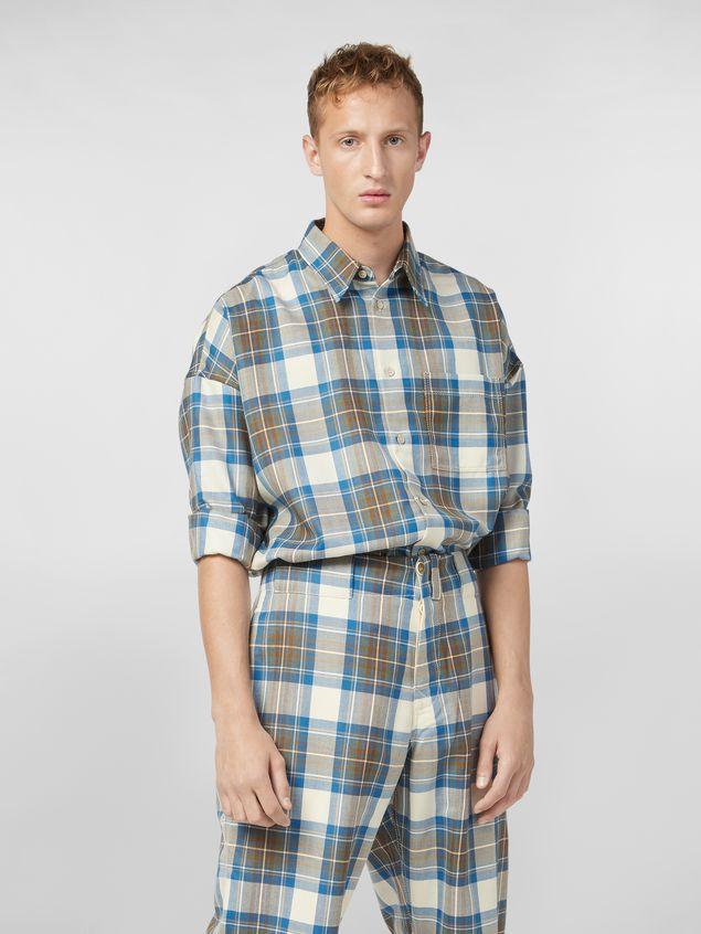 shirt in yarn dyed